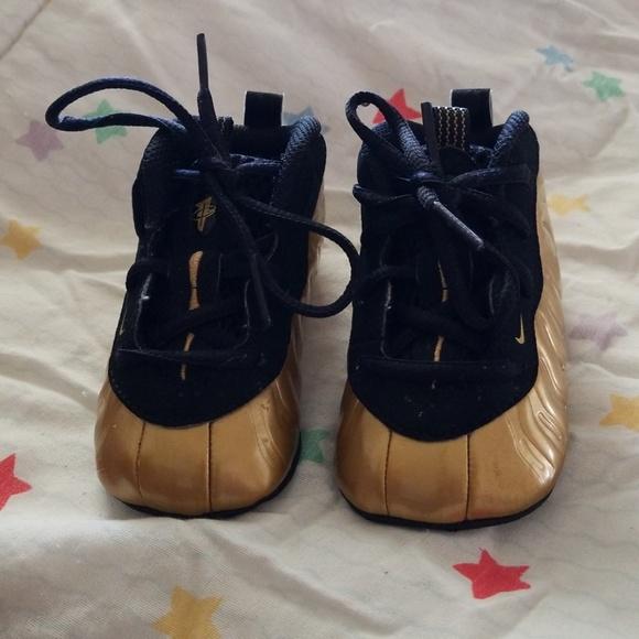 Nike Shoes   Soft Bottom Foams 4c